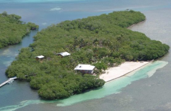 4.68 acres Island located in St. Helen
