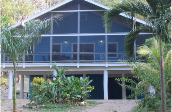 Casa Azul West Bay Roatan